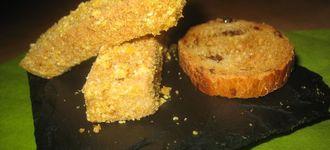 Foie con kikos, violetas y pan de pasas