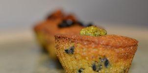 Muffins de pesto, tomate seco y aceitunas negras